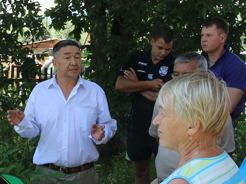 На митинге Вечеслав Кыдатов пытался убедить присутствующих в своей невиновности