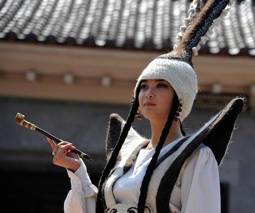 Пазырыкский наряд произвел неизгладимое впечатление на сахалинцев. Фото SakhalinMedia