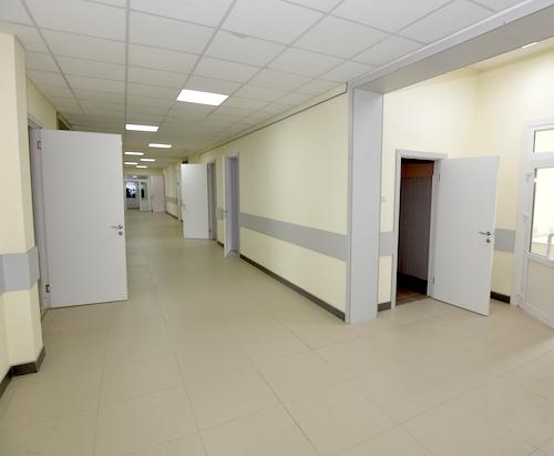 В Майме открылся терапевтический корпус новой больницы