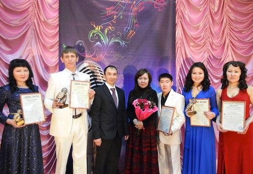 Финалисты и организаторы конкурса