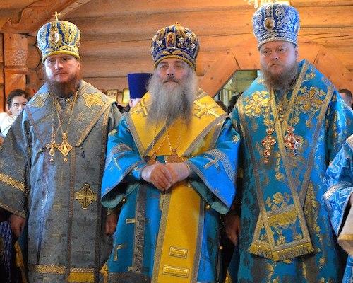 Сразу три епископа отслужили литургию в Горно-Алтайске