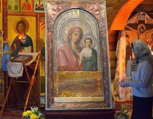 Казанская Коробейниковская икона Божией Матери в горно-алтайском храме