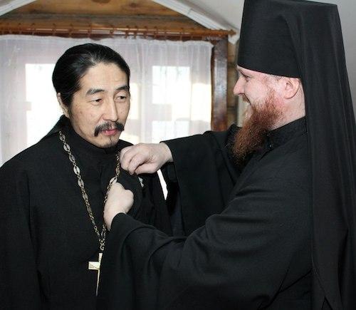 Игумен Макарий получил сразу две награды