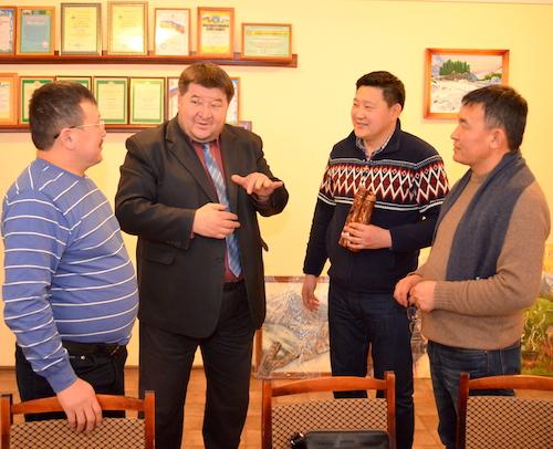 Директор колледжа стройиндустрии Александр Чеконов поговорил о необходимости восстановления теплых отношений между Монголией и Россией