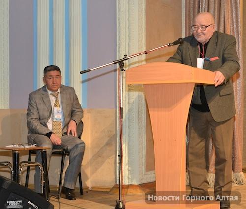 Многие считают, что именно Кыдатов является «спонсором» переворота в АКМН