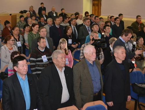 В работе съезда приняли участие более сотни делегатов и приглашенных