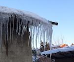 Прокуроры насчитали в Горно-Алтайске 17 опасных крыш