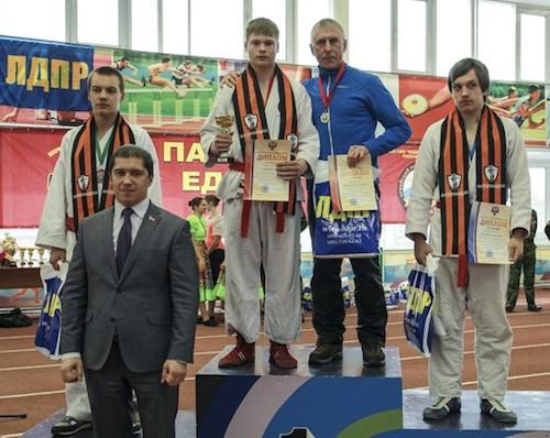 Сергей Лорей победил в первенстве России по армейскому рукопашному бою