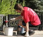 Более 1,2 тыс. подростков получили временную работу в прошлом году