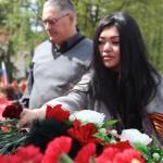 Представители алтайского землячества в Москве возложили цветы к памятнику воинам-сибирякам