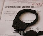 19-летний парень изнасиловал в ванной школьницу