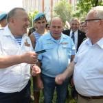 Памятник основателю ВДВ открыли в Горно-Алтайске