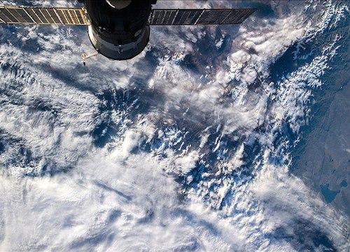 Алтайские горы из космоса. Фото Олега Артемьева