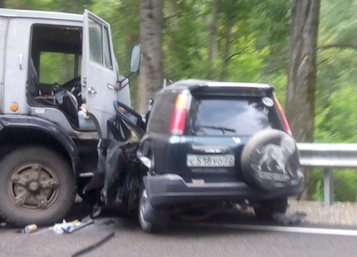 В аварии на Чуйском тракте погибли пять человек. Фото LifeNews
