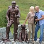 Открытие памятника туристу на въезде в Республику Алтай