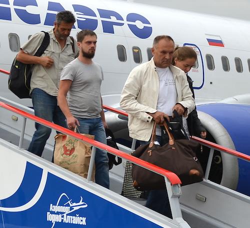 Актер Владимир Литвинов (справа)