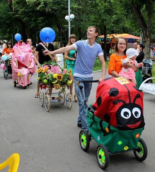 На День города – в детских колясках