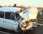 Два человека погибли и семь получили травмы в результате автомобильных аварий