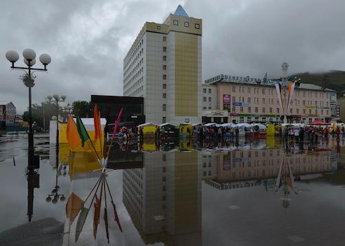 Непогода в Горно-Алтайске на День города. Фото: Александр Тырышкин