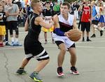 Спортсмены из Горно-Алтайска стали серебряными призерами турнира по уличному баскетболу
