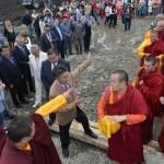 Дамба Аюшеев заложил символы мудрости в основание буддийского храма в Майме