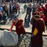 Закладка камня в строительство буддийского храма