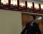Белеков рассказал, почему из галереи в Госсобрании убрали портрет Петрова (видео)