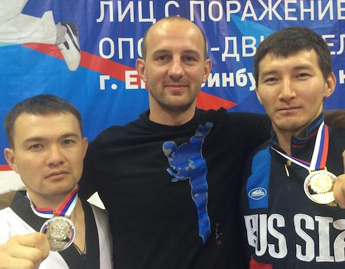 Аржан Арбаков (слева) выиграл «серебро» на чемпионате России
