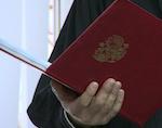 Жителей Горно-Алтайска отправили в колонию за убийство собутыльника