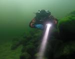 Дайверы обследовали дно Телецкого озера и освободили налима из сетей (фото)
