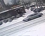 Полиция разыскивает водителя, сбившего на «зебре» подростка и скрывшегося с места аварии (видео)