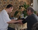 На Алтае социальные службы организовали дополнительное посещение ветеранов войны