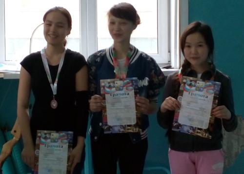 Айсура Бояндина, Анастасия Иртакова и Нелли Мантокова