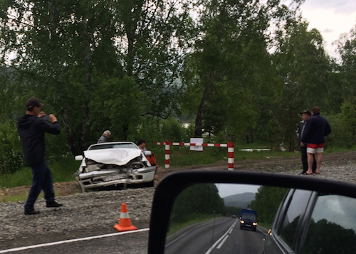 Пьяный водитель «Кадиллака» устроил аварию в Майминском районе