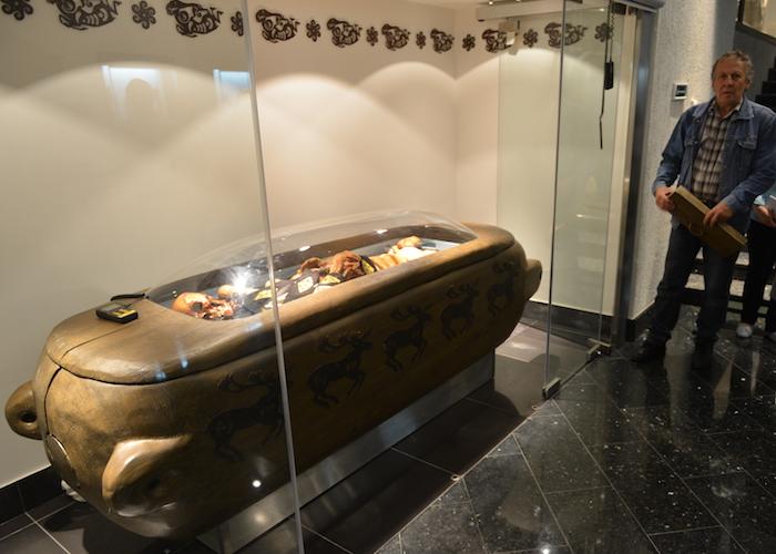 График показа мумии «принцессы Укока» в Национальном музее
