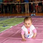 В Горно-Алтайске прошел забег младенцев