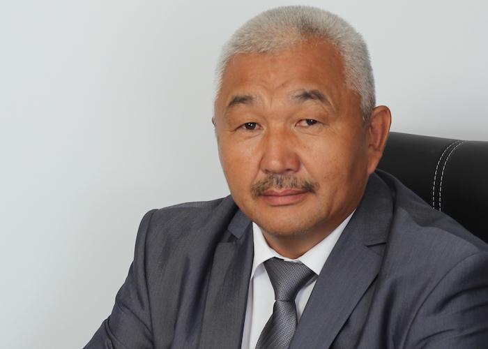 Союз учителей призывает голосовать за Родиона Букачакова