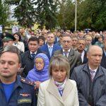 Сотни людей пришли на встречу с патриархом