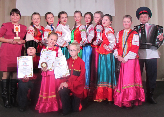 Майминский ансамбль «Любо» успешно выступил на фестивале «Сибирские беседы»