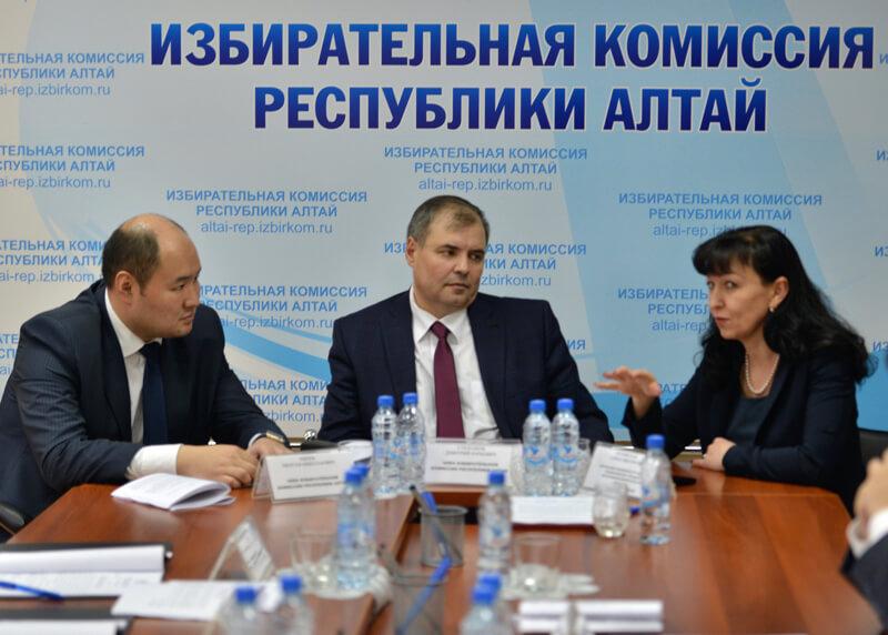 Мерген Екеев, Дмитрий Степанов и Елена Орловская