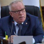 Александр Бердников дал поручения по улучшению медицинского обслуживания населения