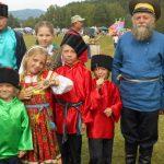 Многодетной семье погорельцев из Турочака собрали деньги на новый дом