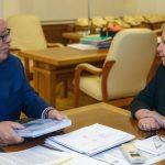 Бердников обсудил с министром образования России реконструкцию школы в Турочаке