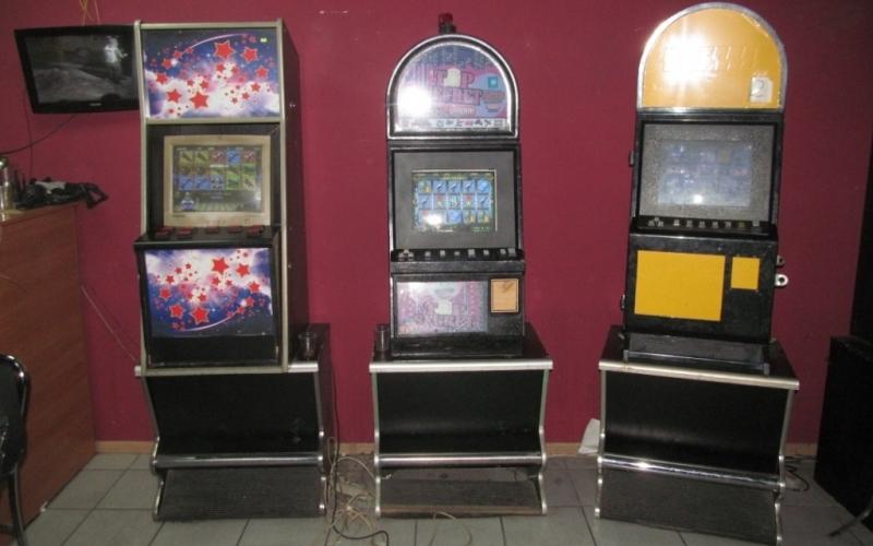 Девять игровых автоматов изъято в Горно-Алтайске