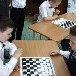 Более 180 детей участвуют в фестивале по шашкам в Горно-Алтайске