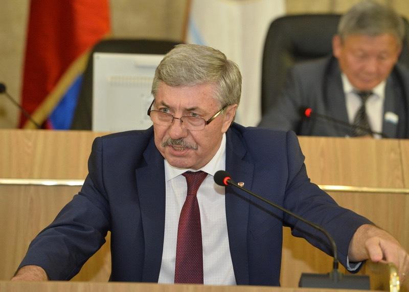 Как депутаты одобрили отчет о работе правительства
