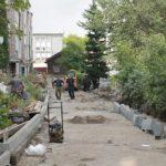 Начались работы по благоустройству дворовых территорий в Горно-Алтайске