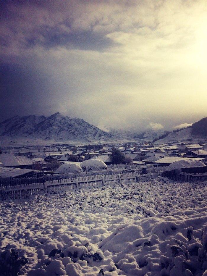 Первый снег в Республике Алтай. Фотозарисовки