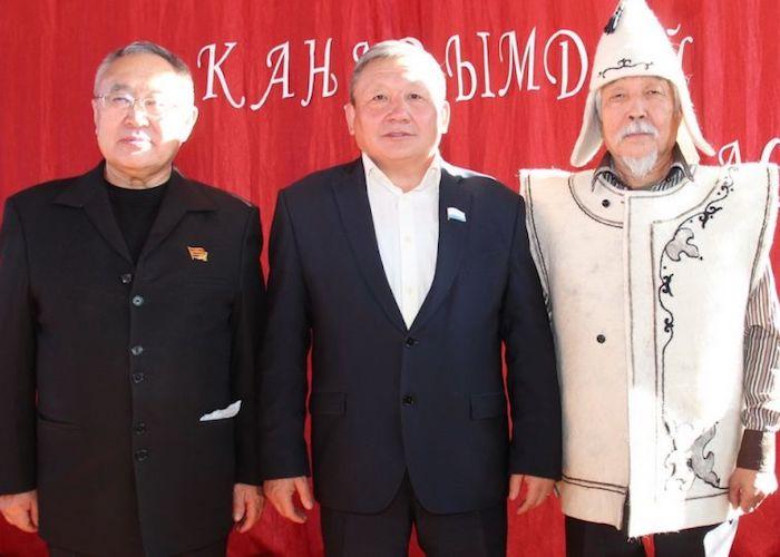 В Куладе отметили юбилейные дни рождения Бронтоя Бедюрова и Ногона Шумарова