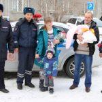 Полицейские сопроводили рожающую жительницу региона в роддом